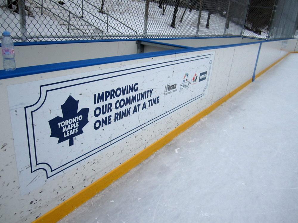 Die Maple Leafs sind allgegenwärtig.